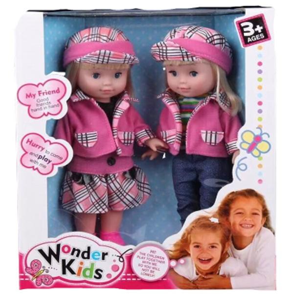 תמונה של זוג בובות תאומות